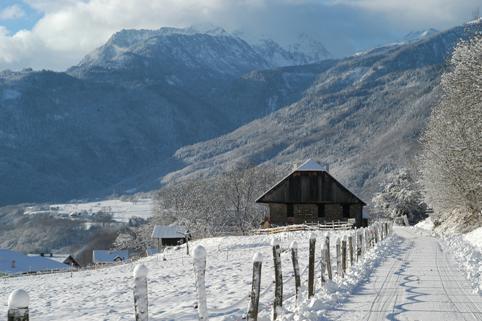 Paysage enneigé de la commune © Saint-Georges-d'Hurtières